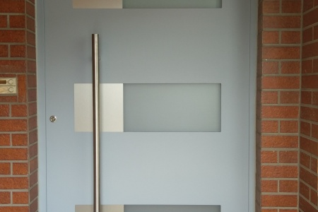 Eingangstuer-mit-Glasdekorfolie-02