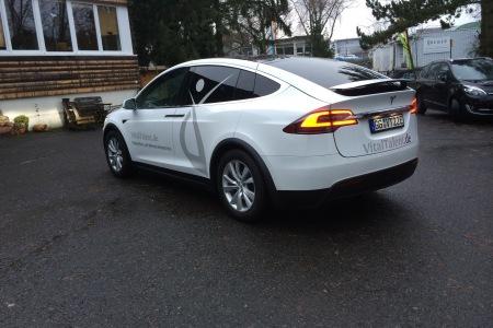FontFront-Rossdorf-Tesla-Model-X-Beschriftung-Vitaltalent-02