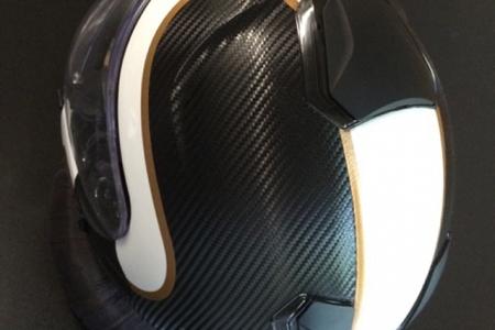 FontFront-Helmfolierung-Carbon-Fiber-Folie-Brushed-Gold-02