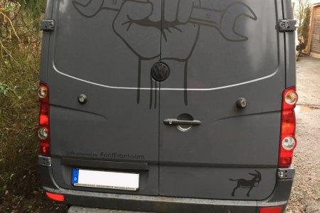 FF-Crafter-Montage-Fahrzeug-Beschriftung-mattschwarz