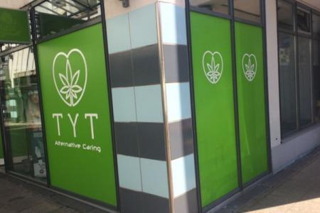 TYT_Esslingen-Stuttgart_Schaufenster