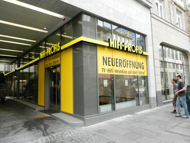 beschriftung der neuen filiale der hifi profis fontfront. Black Bedroom Furniture Sets. Home Design Ideas