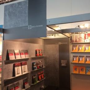 Messestand-Beschriftung, Verlag Bau + Technik