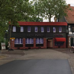 XXL Banner - Wiederaufbau des Café Mayer