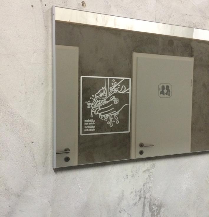 bad-spiegel-beschriftung