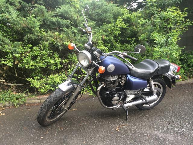 FontFront Motorrad Honda CM 400T Folierung