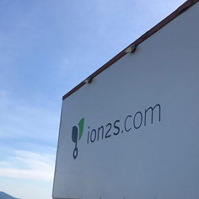 ion2s-Schildmontage mit hoehenkletterer